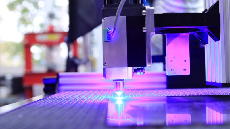 Corte a laser: entenda como funciona